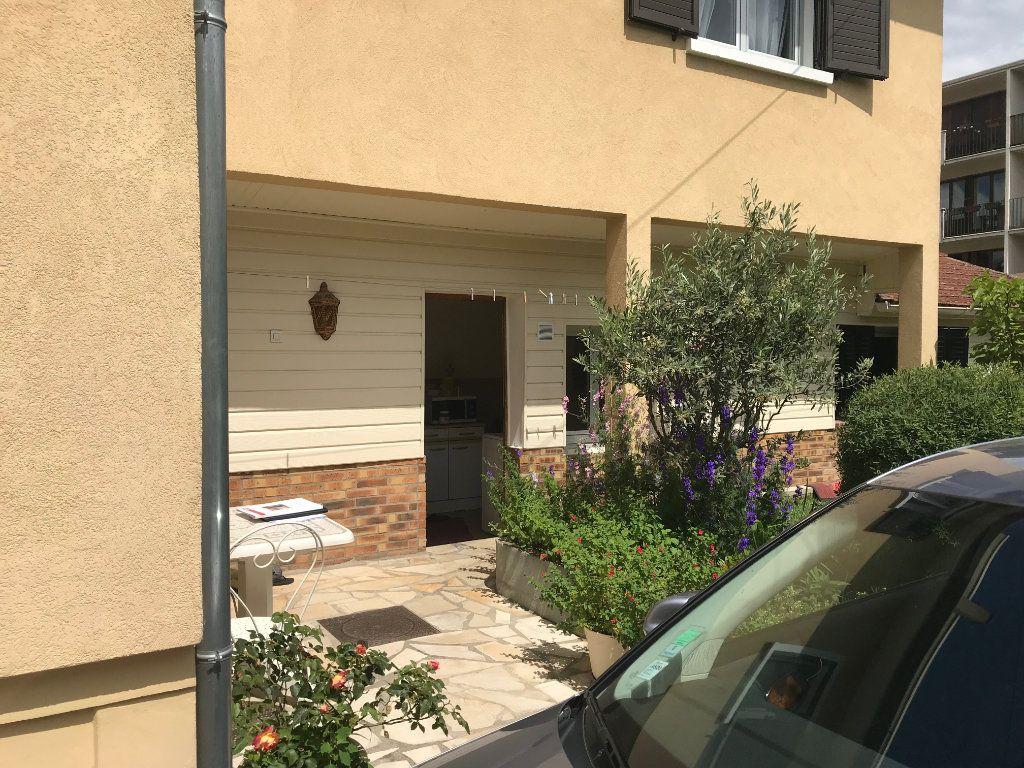 Maison à vendre 5 102m2 à Saint-Maur-des-Fossés vignette-12