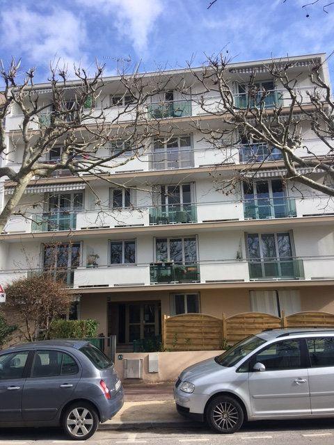 Appartement à vendre 3 68m2 à Saint-Maur-des-Fossés vignette-1