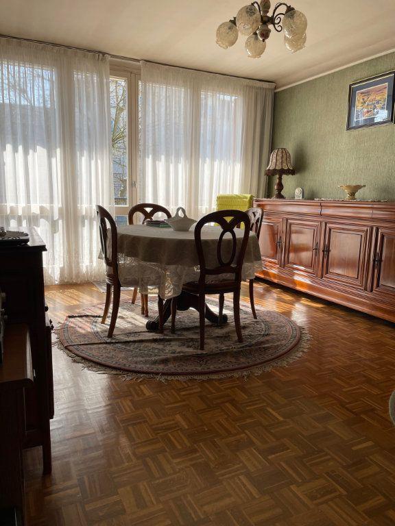 Appartement à vendre 3 56.59m2 à Saint-Maur-des-Fossés vignette-3