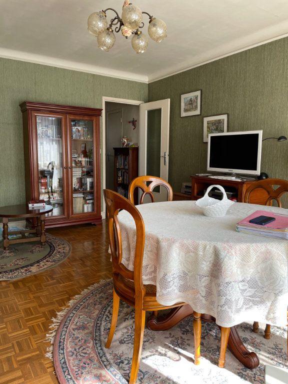 Appartement à vendre 3 56.59m2 à Saint-Maur-des-Fossés vignette-4