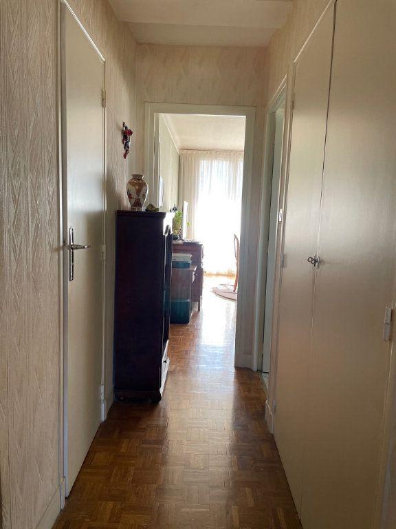 Appartement à vendre 3 56.59m2 à Saint-Maur-des-Fossés vignette-12