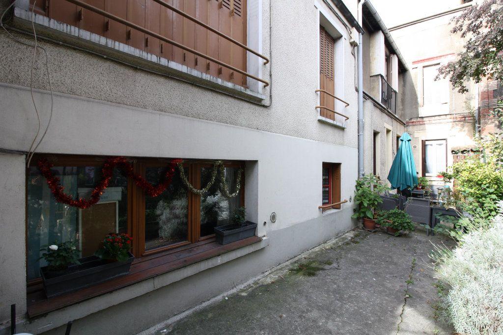 Appartement à vendre 2 33.23m2 à Drancy vignette-6