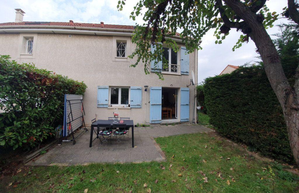 Maison à vendre 6 101.58m2 à Les Pavillons-sous-Bois vignette-1