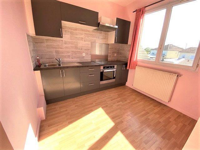 Maison à vendre 6 124.85m2 à Garges-lès-Gonesse vignette-7
