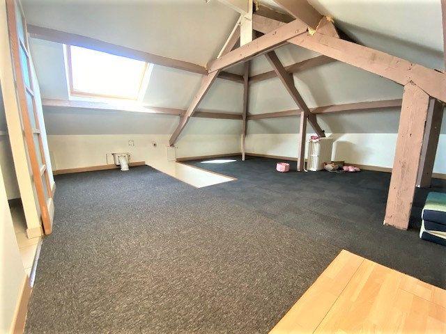 Maison à vendre 6 124.85m2 à Garges-lès-Gonesse vignette-9