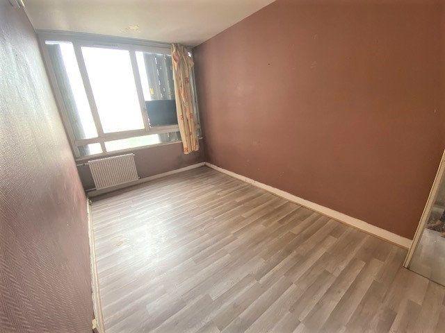 Appartement à vendre 5 86.02m2 à Aubervilliers vignette-3