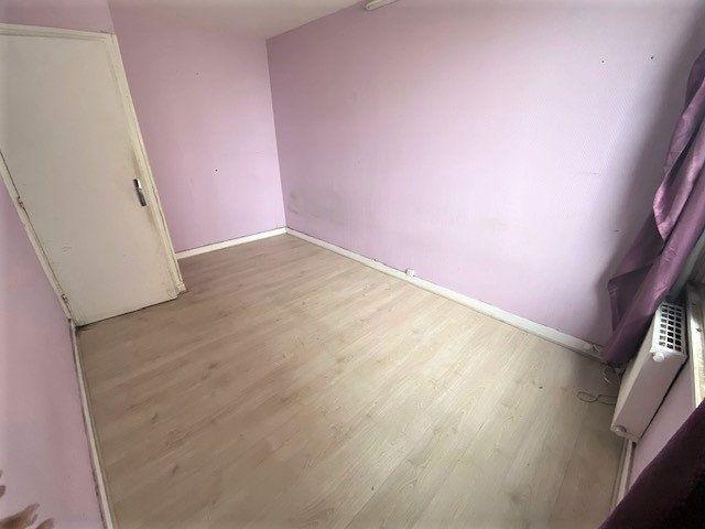 Appartement à vendre 5 86.02m2 à Aubervilliers vignette-4
