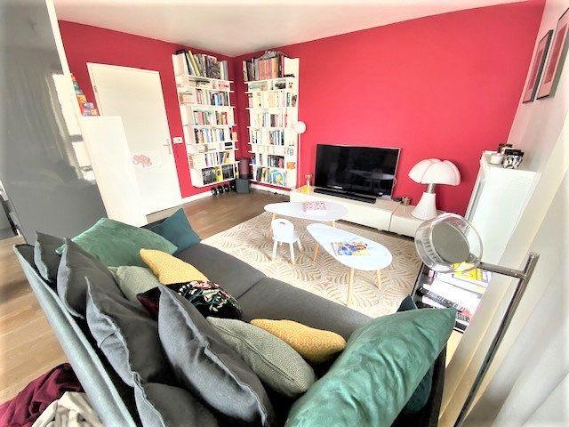 Appartement à vendre 3 68.85m2 à Le Bourget vignette-3