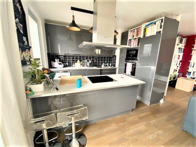 Appartement à vendre 3 68.85m2 à Le Bourget vignette-5