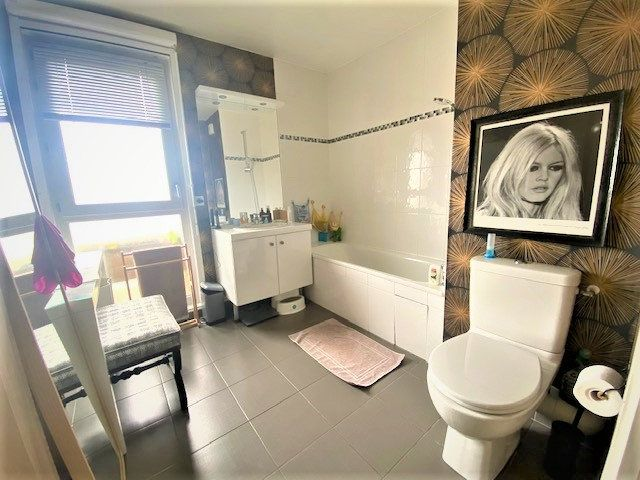 Appartement à vendre 3 68.85m2 à Le Bourget vignette-7
