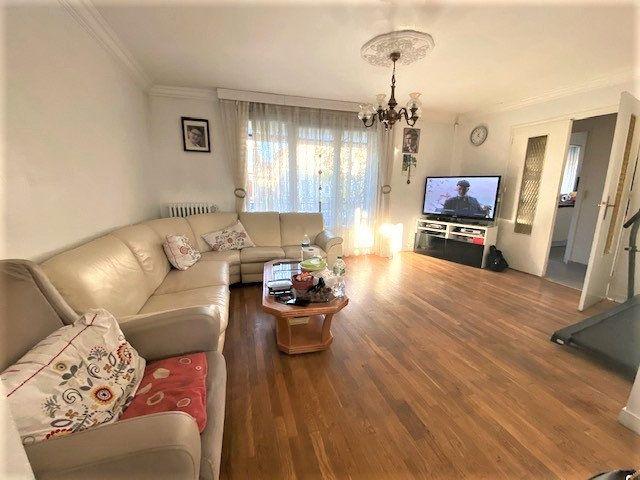 Maison à vendre 7 131m2 à Le Blanc-Mesnil vignette-9