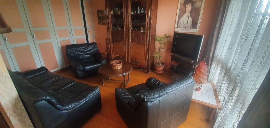 Appartement à vendre 4 86.4m2 à Le Blanc-Mesnil vignette-2