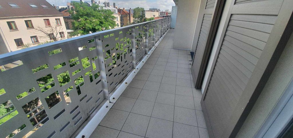 Appartement à vendre 3 68.5m2 à Le Bourget vignette-2