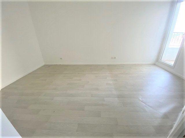 Appartement à vendre 3 55.48m2 à Le Bourget vignette-2