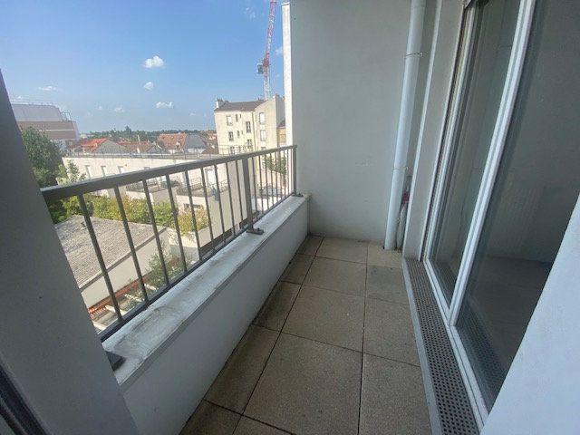 Appartement à vendre 3 55.48m2 à Le Bourget vignette-3