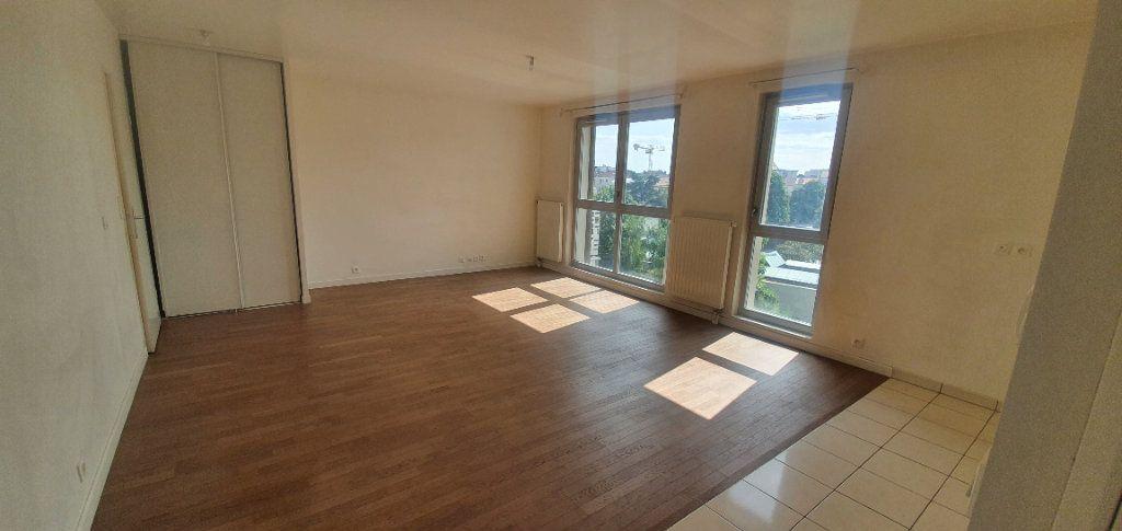 Appartement à vendre 1 38m2 à Le Bourget vignette-3