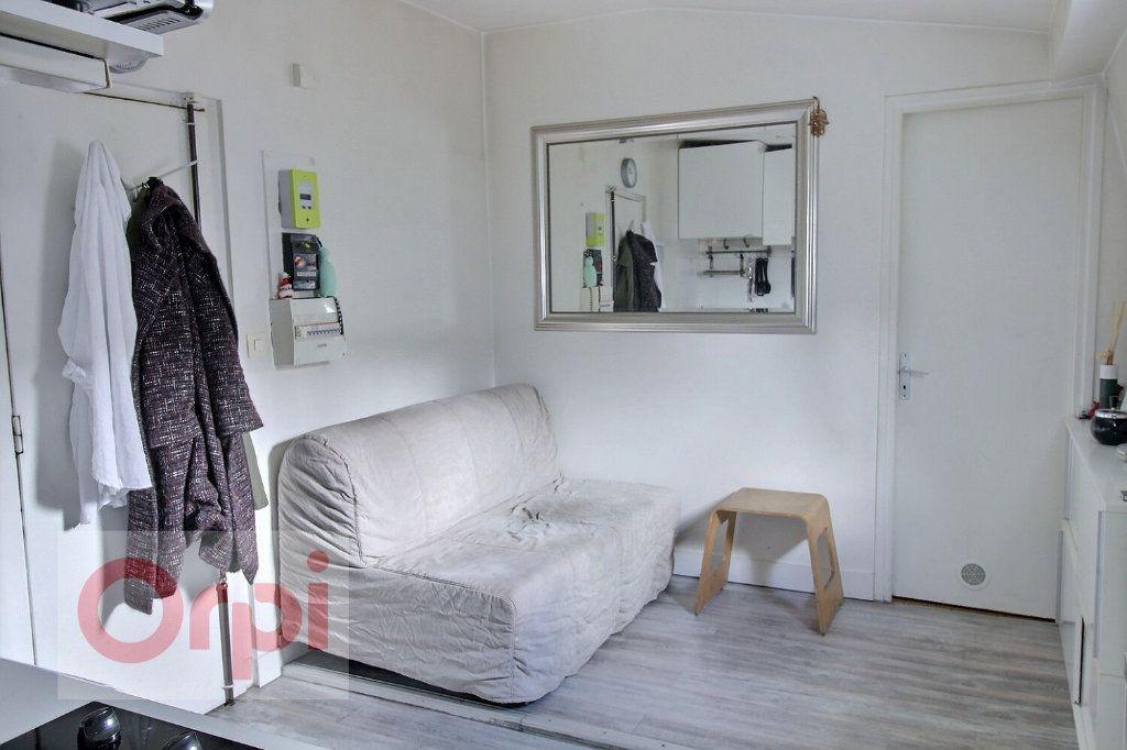 Appartement à vendre 2 18m2 à Paris 7 vignette-2