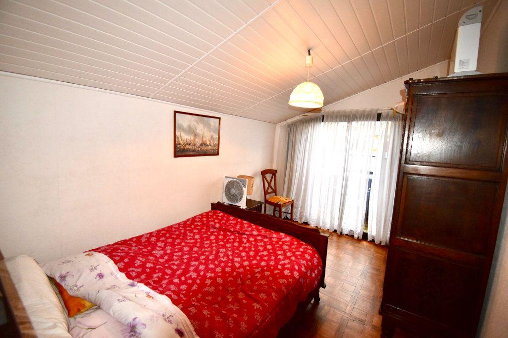 Maison à vendre 3 96m2 à Saint-Vincent-de-Tyrosse vignette-4