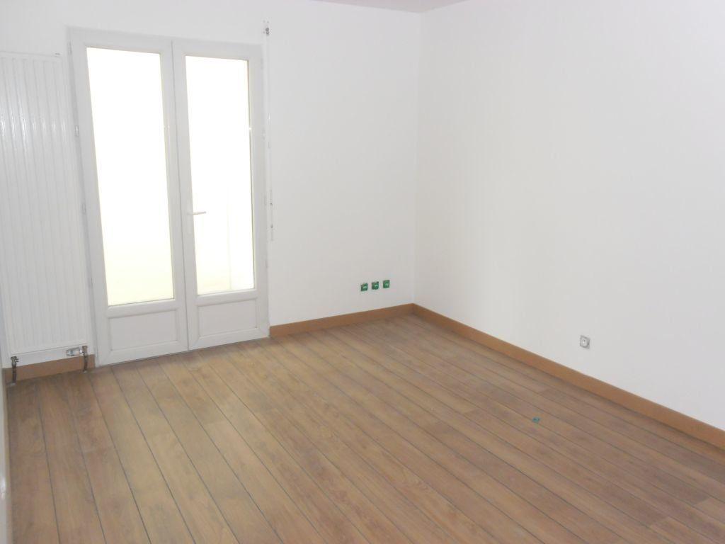 Appartement à louer 3 81.94m2 à Lyon 3 vignette-5