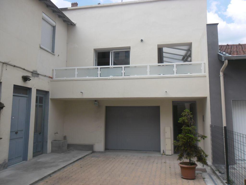 Appartement à louer 3 81.94m2 à Lyon 3 vignette-10