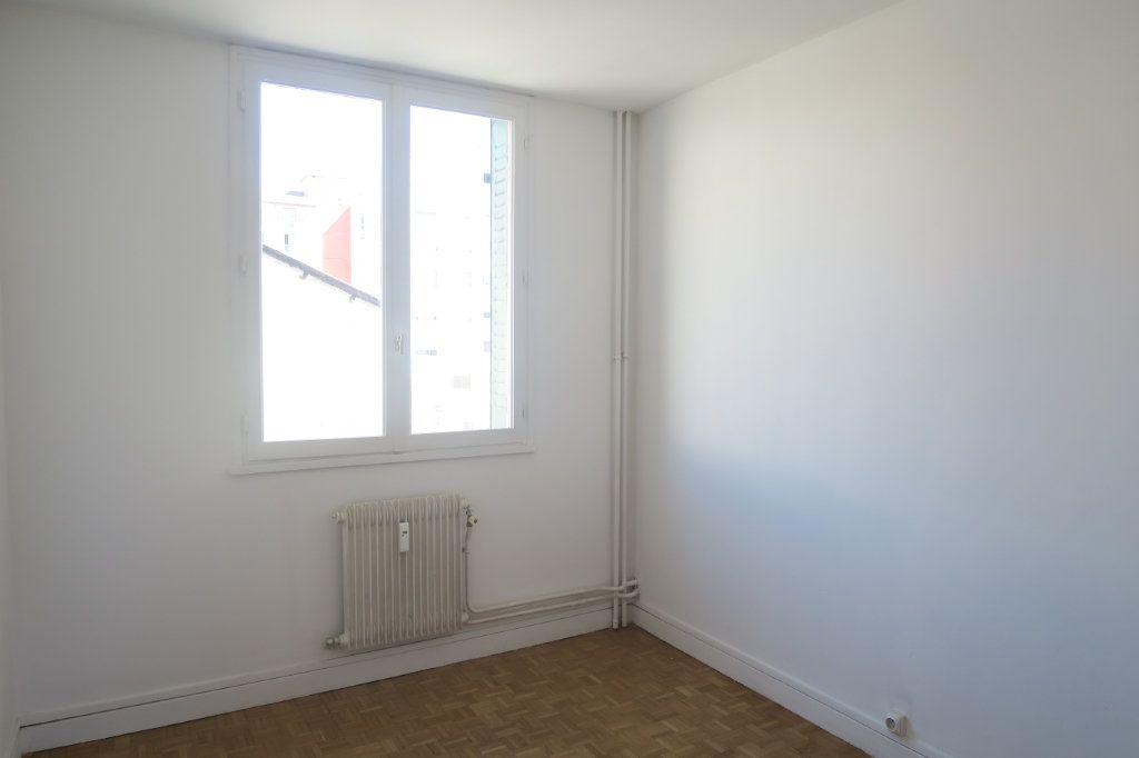Appartement à louer 3 65.41m2 à Villeurbanne vignette-5