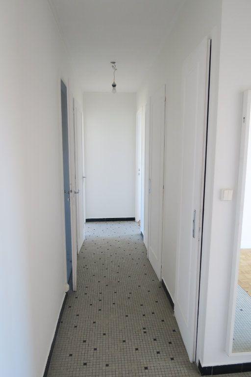 Appartement à louer 3 65.41m2 à Villeurbanne vignette-8
