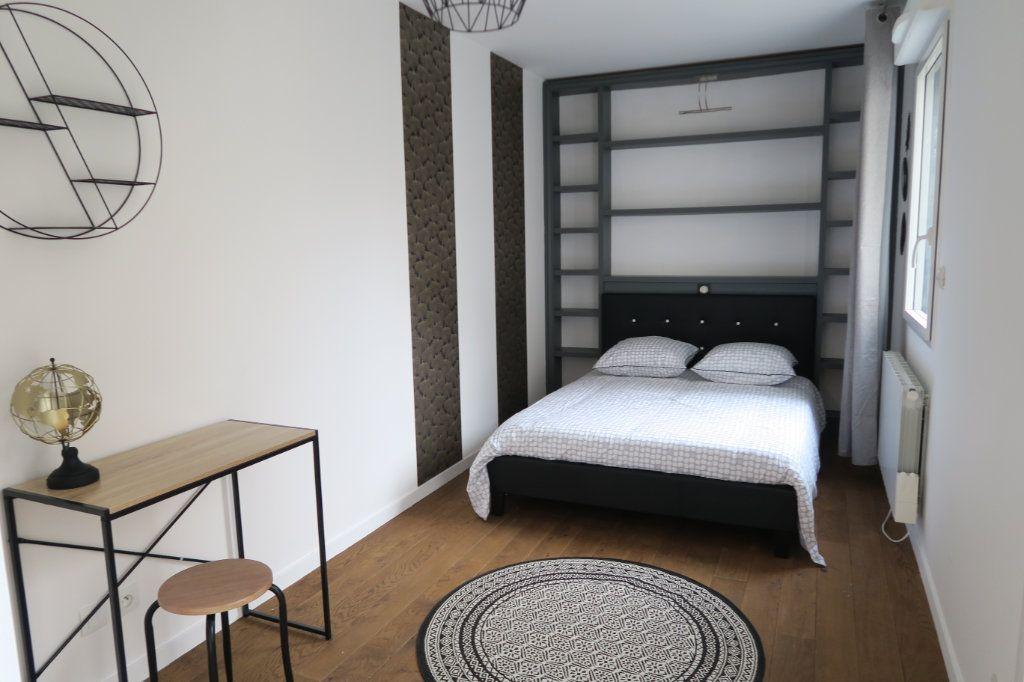 Appartement à vendre 2 43.72m2 à Lyon 3 vignette-3