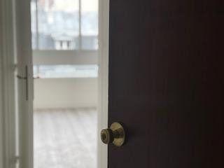Appartement à louer 1 30m2 à Paris 18 vignette-1