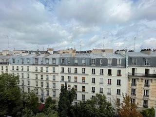 Appartement à louer 1 30m2 à Paris 18 vignette-8