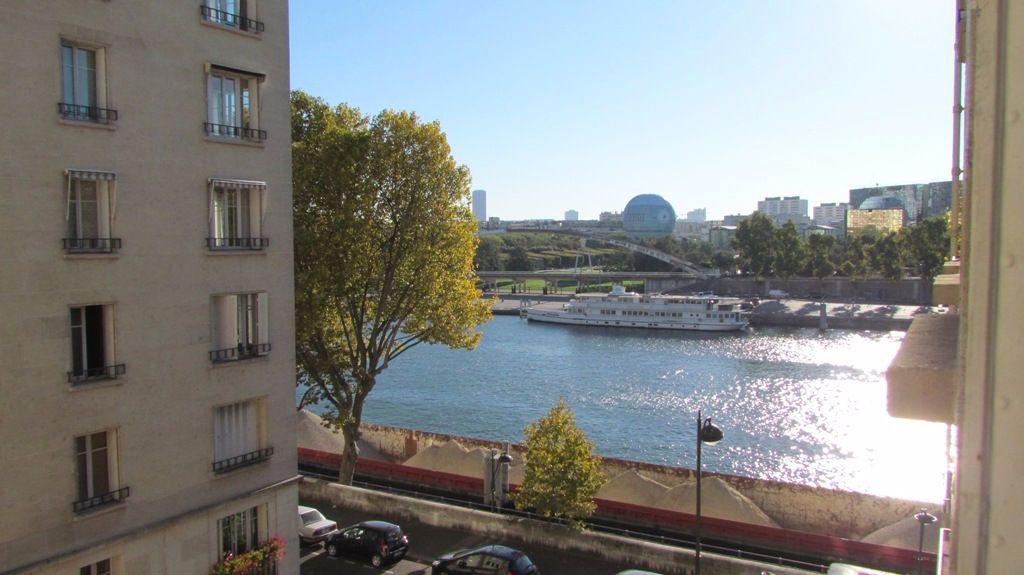 Appartement à louer 4 82m2 à Paris 16 vignette-7