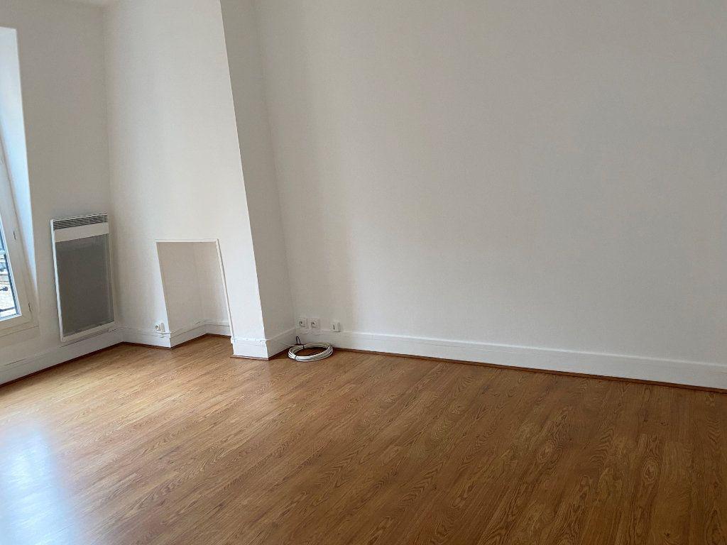 Appartement à louer 2 35.05m2 à Paris 16 vignette-3