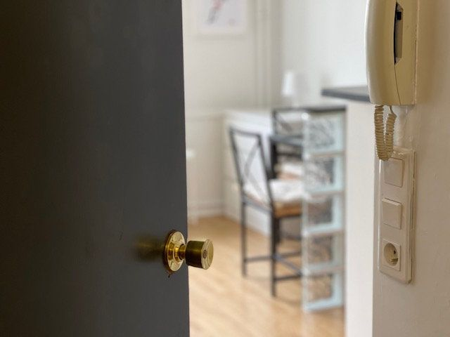 Appartement à louer 1 23m2 à Neuilly-sur-Seine vignette-1