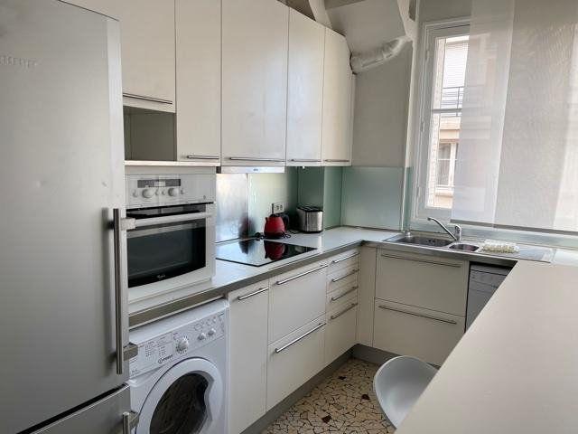Appartement à louer 2 53m2 à Paris 16 vignette-7