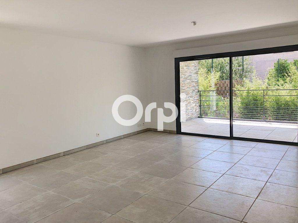 Appartement à vendre 4 85.53m2 à Saint-Raphaël vignette-6