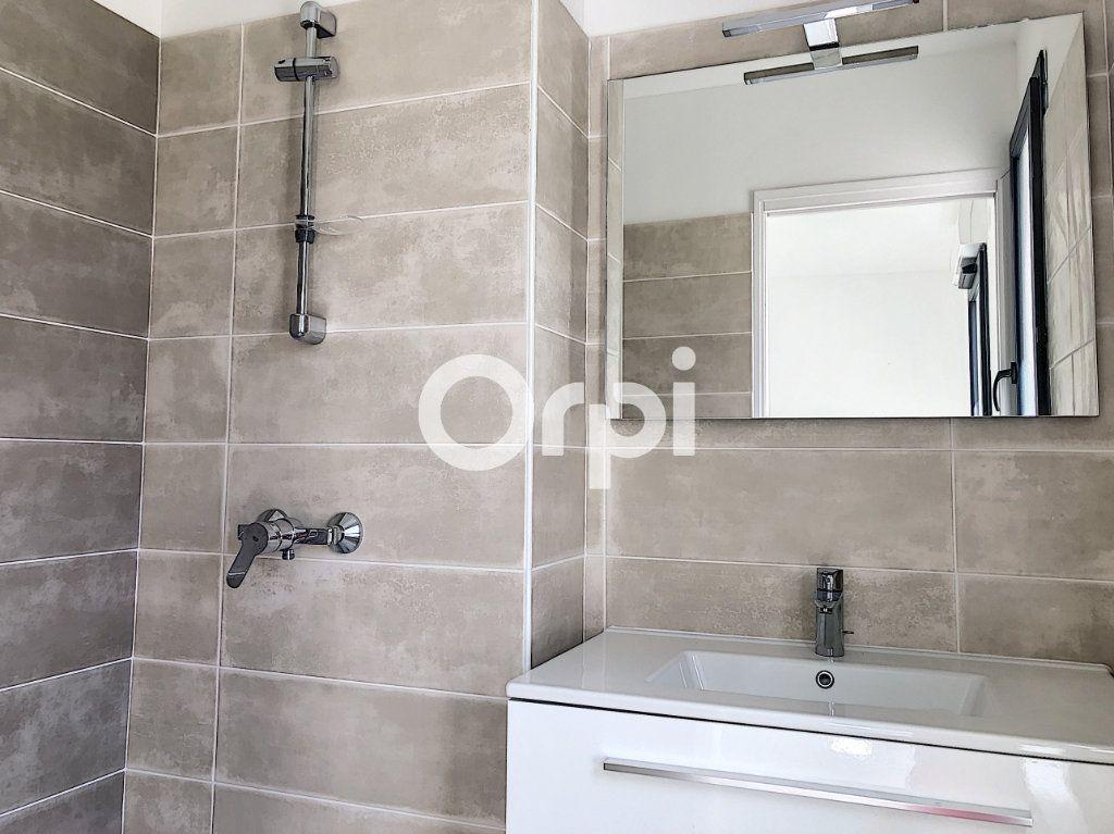 Appartement à vendre 4 85.53m2 à Saint-Raphaël vignette-7