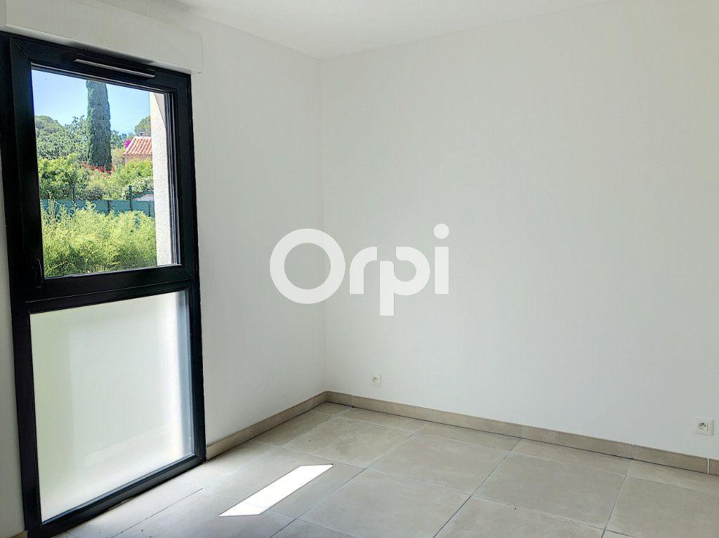 Appartement à vendre 4 85.53m2 à Saint-Raphaël vignette-8