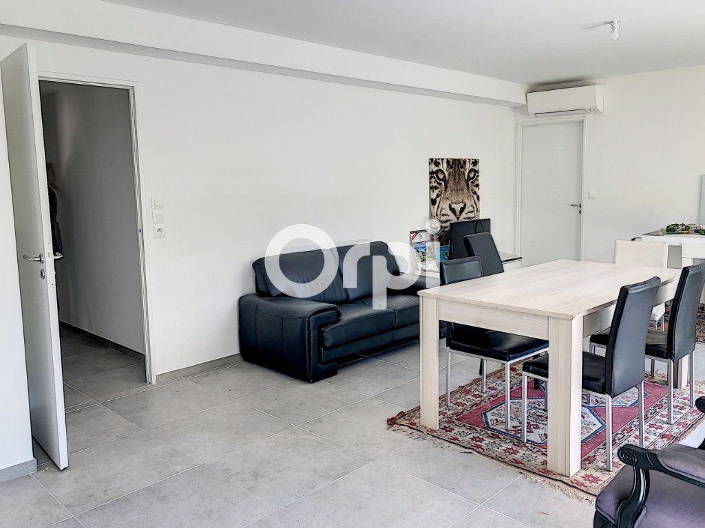 Appartement à vendre 4 107.82m2 à Saint-Raphaël vignette-2