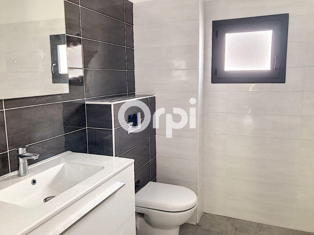 Appartement à vendre 4 107.82m2 à Saint-Raphaël vignette-7
