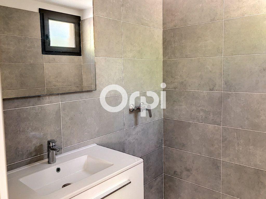 Appartement à vendre 4 107.82m2 à Saint-Raphaël vignette-8