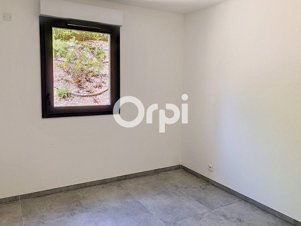 Appartement à vendre 4 107.82m2 à Saint-Raphaël vignette-9