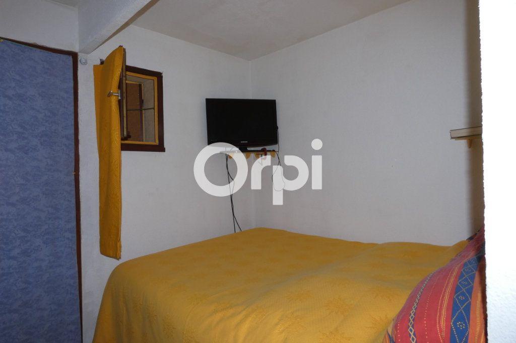 Appartement à vendre 1 24m2 à Saint-Raphaël vignette-6