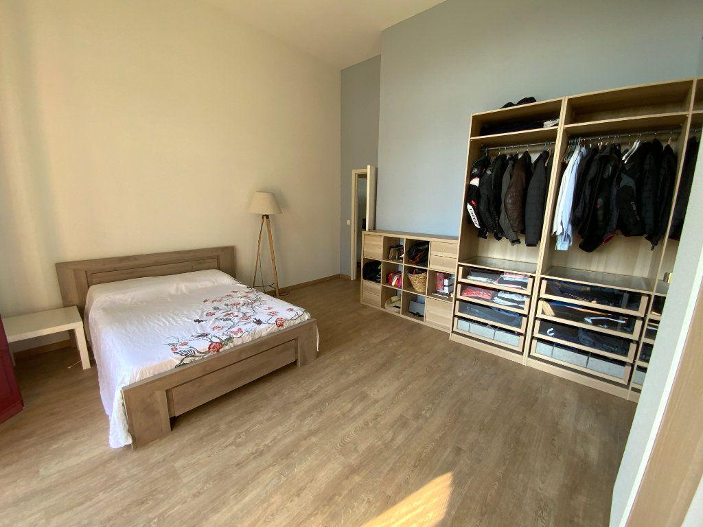Appartement à vendre 3 84.1m2 à Saint-Raphaël vignette-8