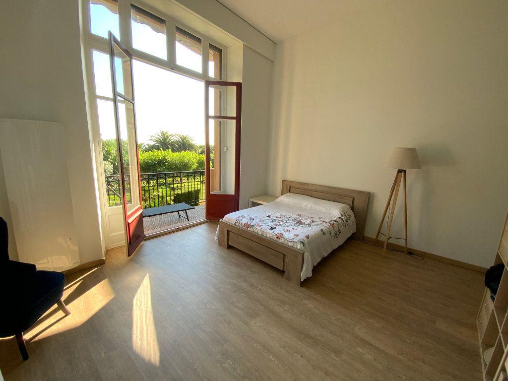 Appartement à vendre 3 84.1m2 à Saint-Raphaël vignette-10