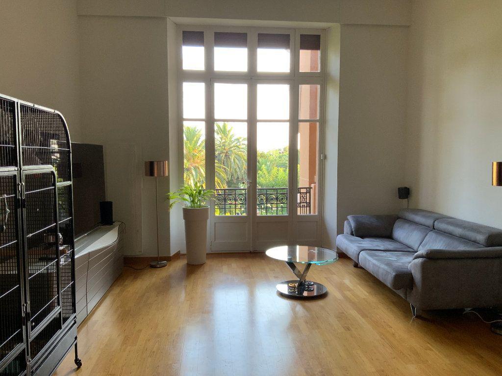 Appartement à vendre 3 84.1m2 à Saint-Raphaël vignette-13