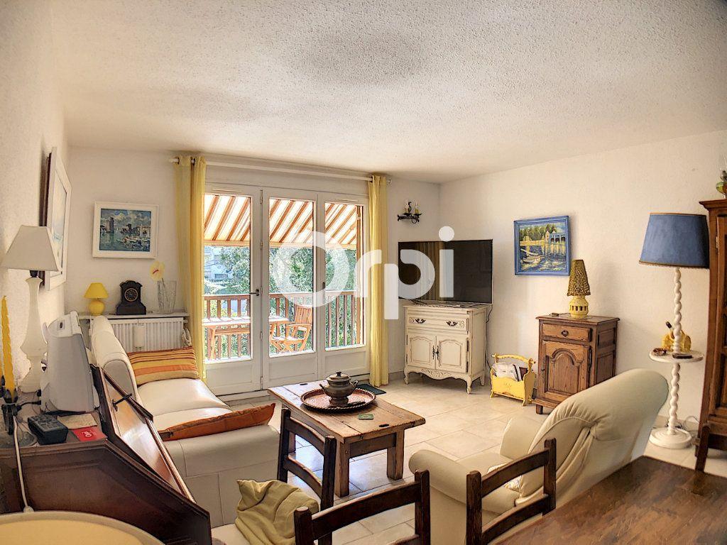 Appartement à vendre 2 51m2 à Saint-Raphaël vignette-4
