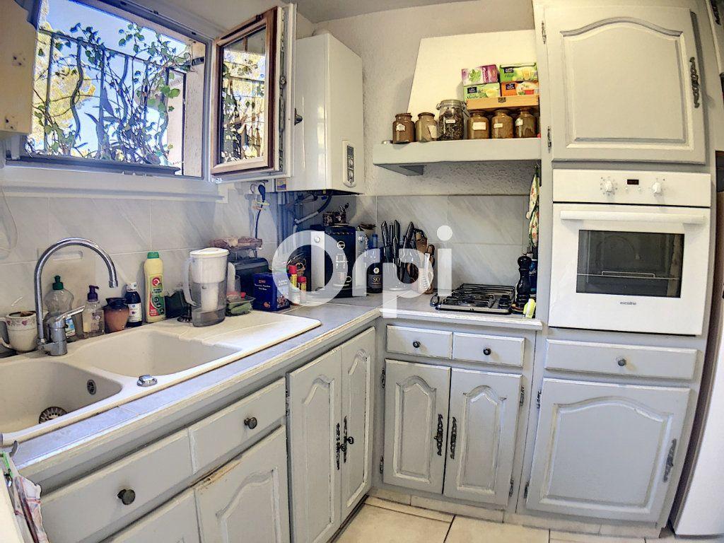 Appartement à vendre 2 51m2 à Saint-Raphaël vignette-8