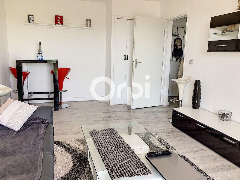 Appartement à vendre 2 42m2 à Fréjus vignette-7