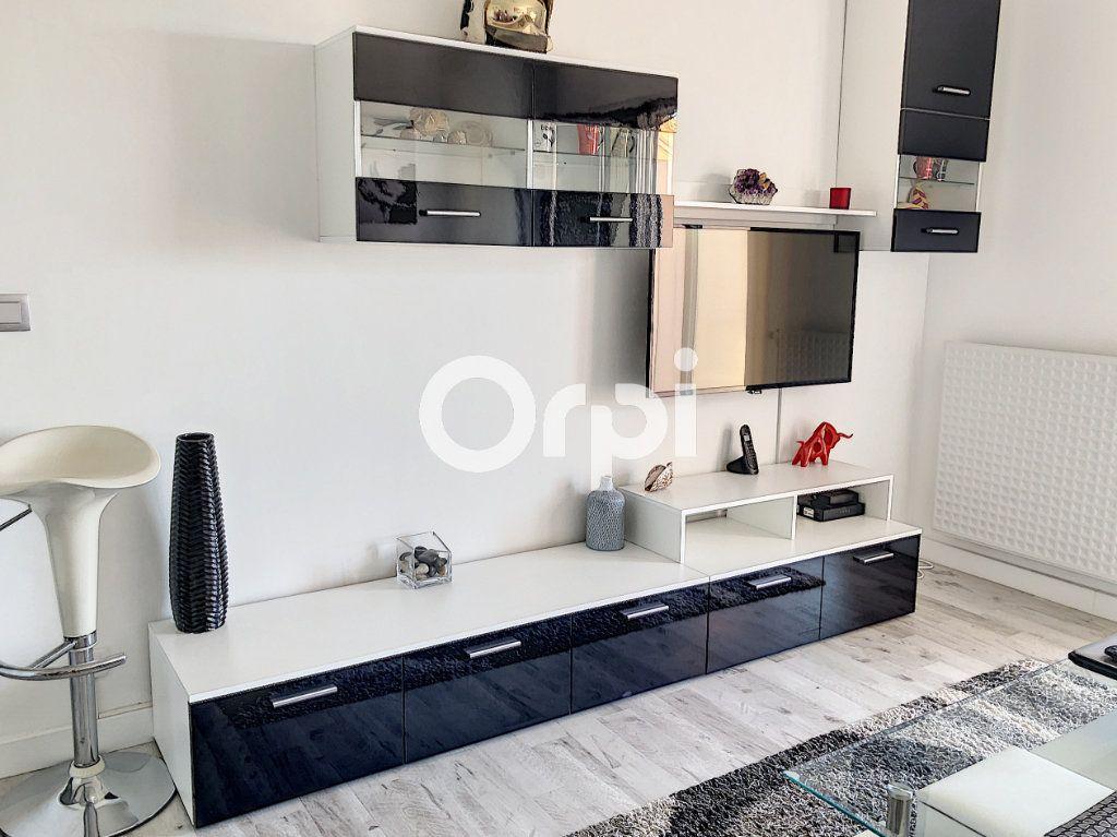 Appartement à vendre 2 42m2 à Fréjus vignette-8