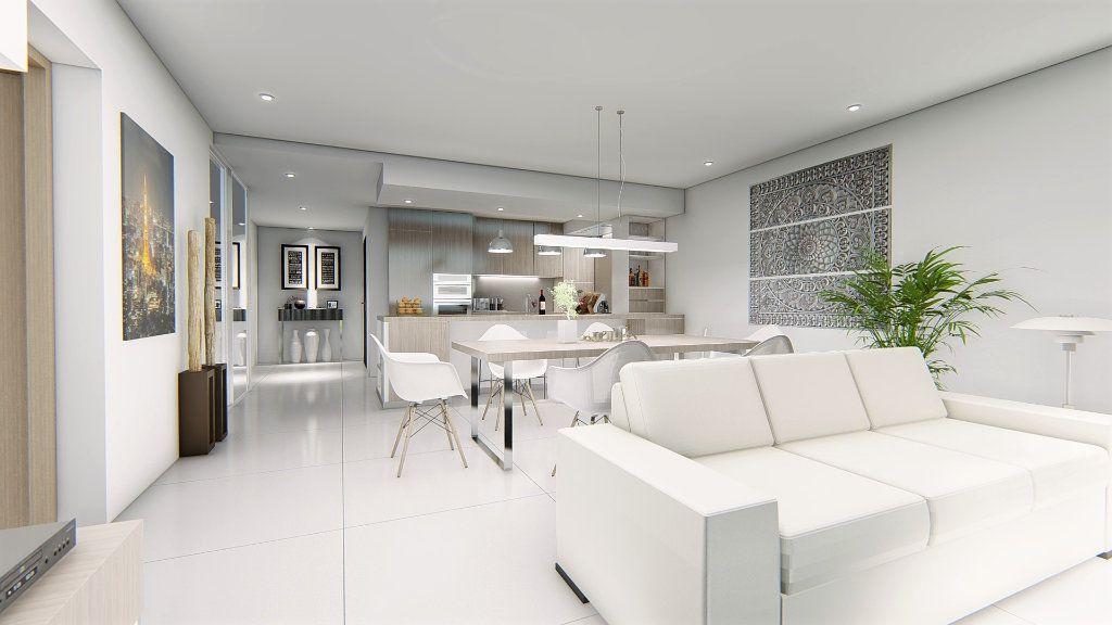 Appartement à vendre 4 121m2 à Fréjus vignette-16
