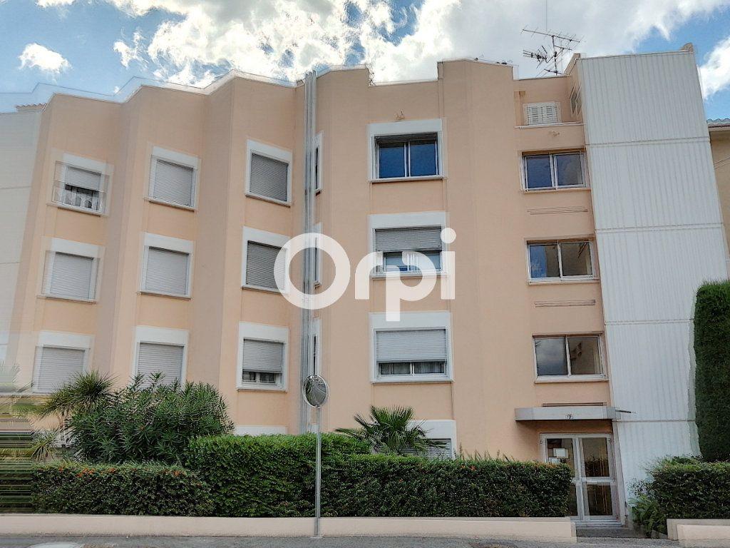Appartement à vendre 1 26.13m2 à Saint-Raphaël vignette-2